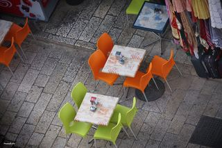 Street_restaurant_seats-other